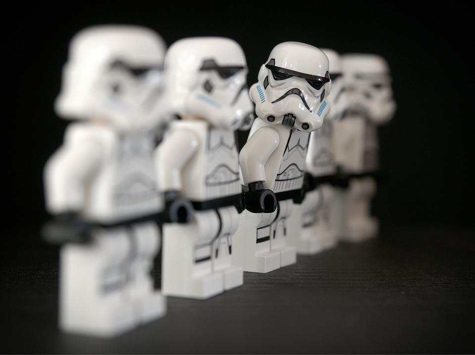 スターウォーズの名セリフ「May the Force be with you」 文法は正しいのか?